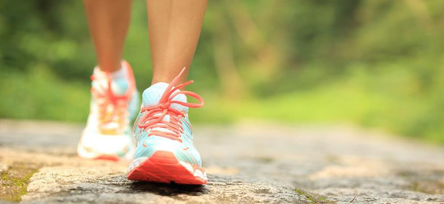 how-to-get-better-cirulation-in-your-feet-go-for-a-walk